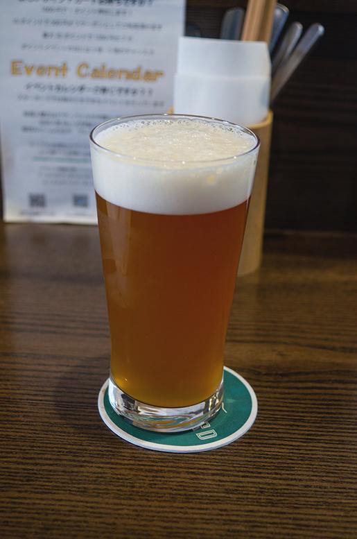 六甲ビール マンゴーパイナポーミルクシェイクIPA.jpg
